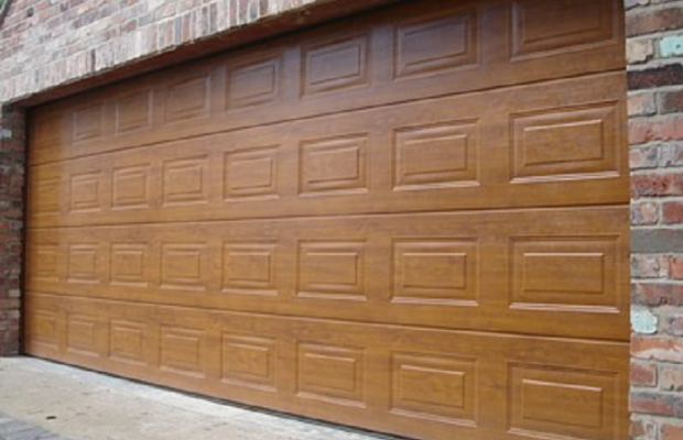 A Quick Look At The Differences Between Sectional And Roller Garage
