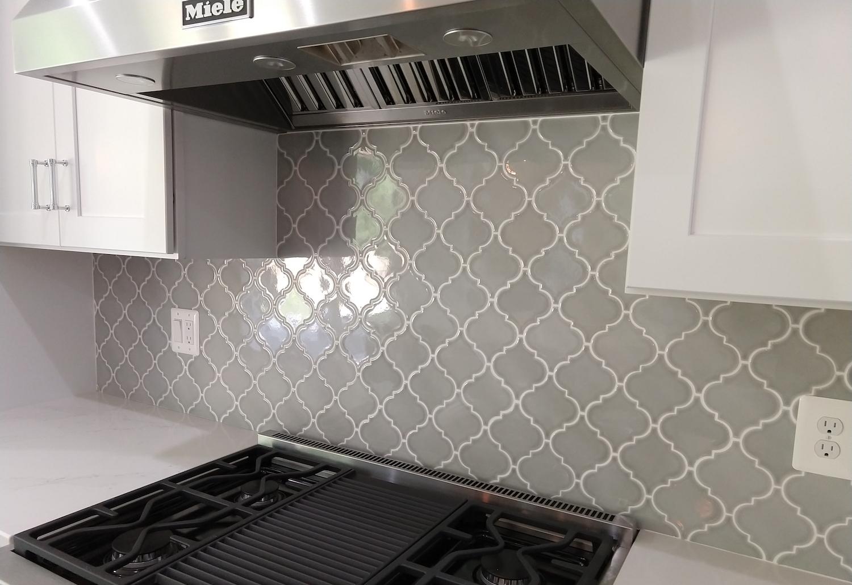 - Enhance The Beauty Of Your Home With Lantern Tile Backsplash  Wall-Ebuilders